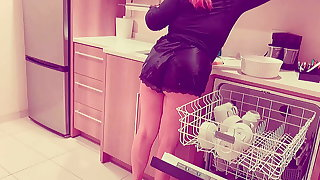 Redhead Housemaid With Freckles Tries Bbc For Along to First Time